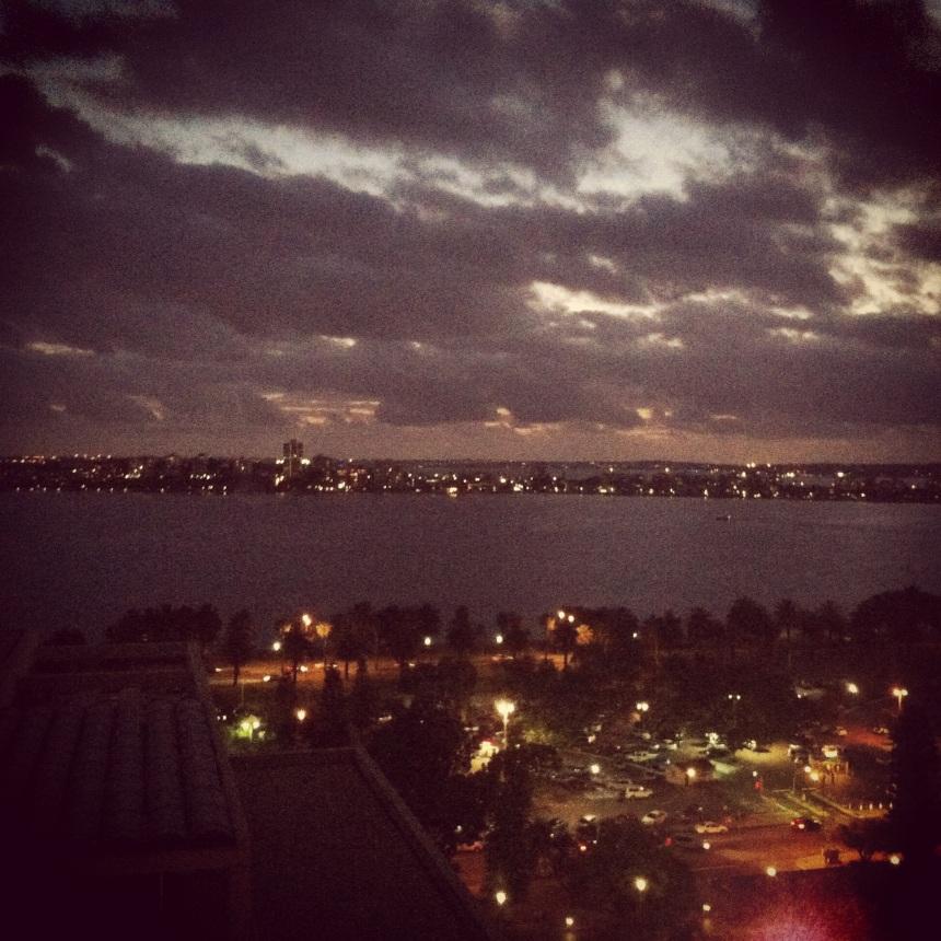 Duxton Hotel - Night River Views