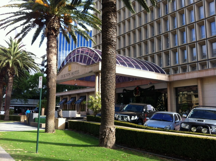 Duxton Hotel Perth - Front