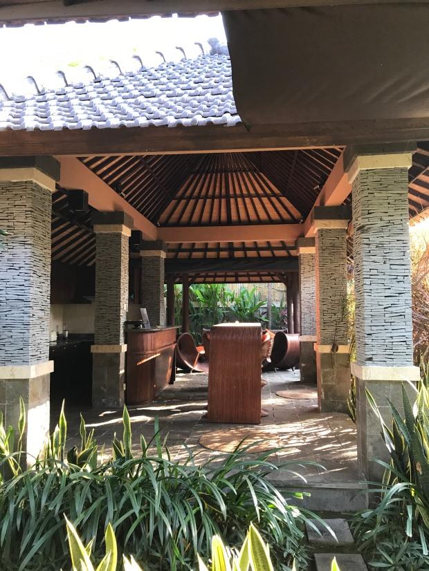 Bali - Bliss Sanctuary Canggu - Kitchen close to my room